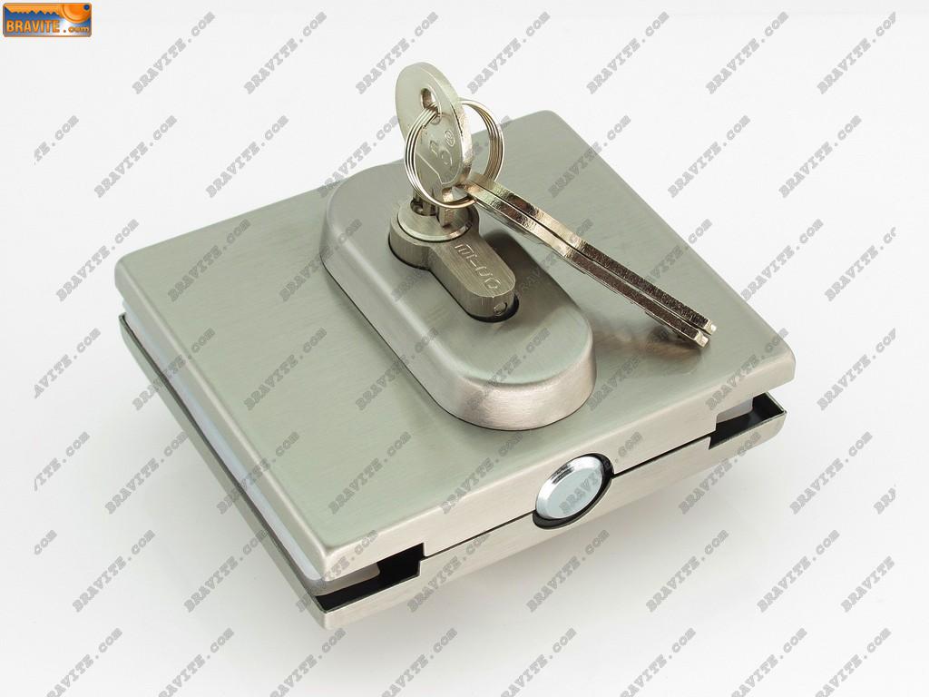 брава и патрон за стъклена врата